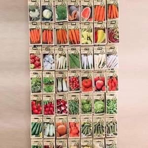 Milí záhradkári 🙂 !   Navštívte náš e-shop https://floramarket.sk/69-semena kde nájdete širokú ponuku kvalitných semien zeleniny, byliniek a strukovín. Počasie nám síce nepraje, no pokiaľ máte doma skleník pokojne môžete začať s výsadbou niektorej zeleniny už teraz. Ak nie, nevadí objednajte si tieto kvalitné semená čím najskôr aby ste boli pripravení a mohli sa tešiť z Vašej úrody vitamínov. 😉🍅🍆🥬🥒🌽🥕